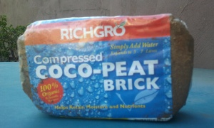 Organic, compressed, coconut fibre